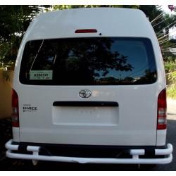 Toyota Hiace Defensa Trasera / Bumper en tubos hecho a la medida