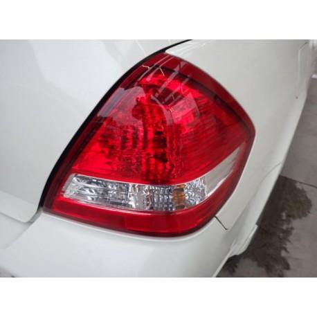 Nissan Tiida 2007-2011 Farol Esquinero Trasero izquierdo o derecho Tipo Original