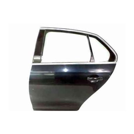 Toyota Camry SE 2014 Puerta Trasera Izquierda o Derecha Usada