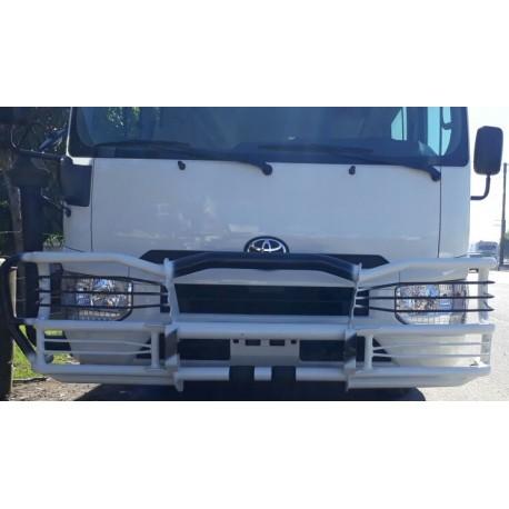 Toyota Coaster Defensa Delantera, Trasera y Estribos Laterales